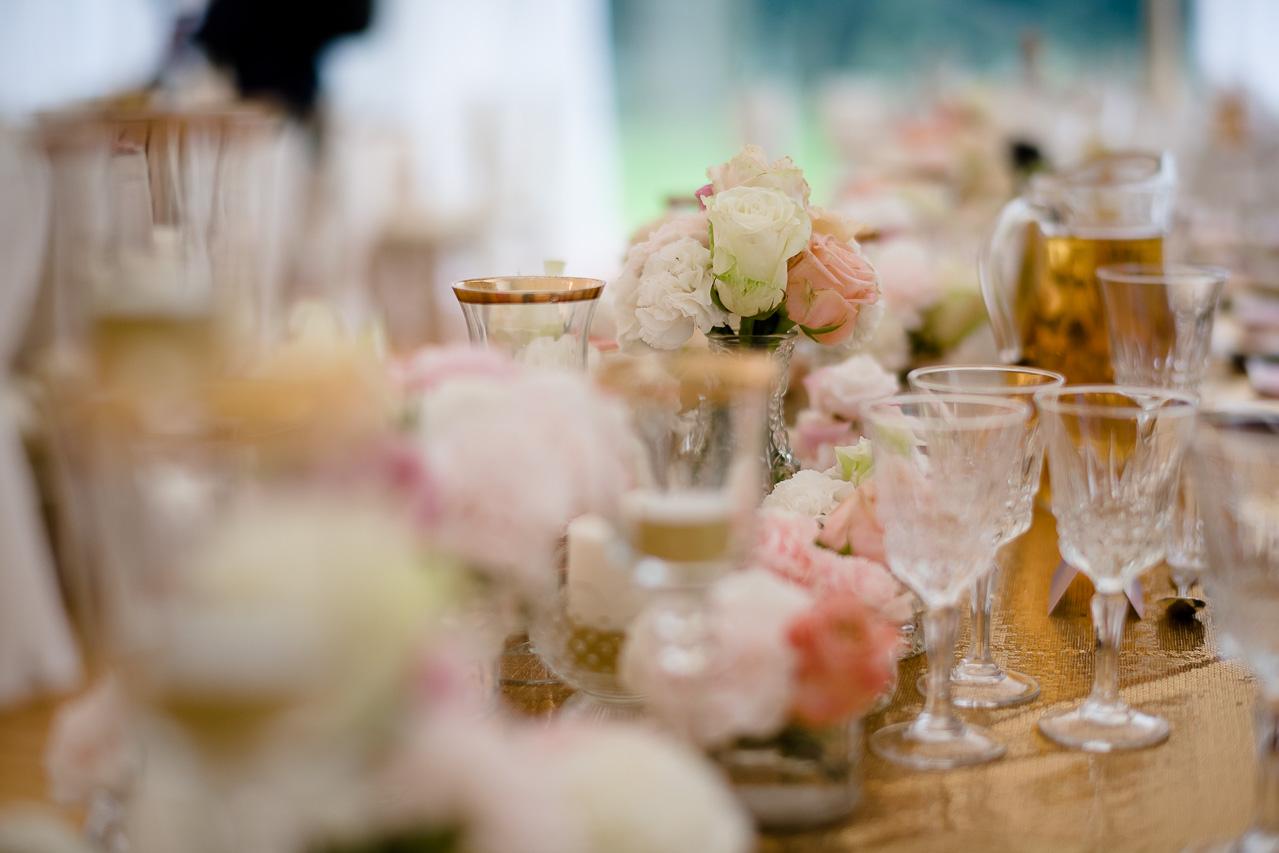 ślub, wesele, konsultant ślubny, konsultant slubny, konsultant ślubny Warszawa, wedding planner, pantone 2016, kolory pantone, elegancki ślub, ślub w namiocie, wesele w namiocie, dwór leśce, leśce, dekoracje ślubne, dekoracje weselne, pomysł na ślub, pomysł na wesele, rose quartz, serenity, dariusz zwadowski, zwadowski, detale dekoracji