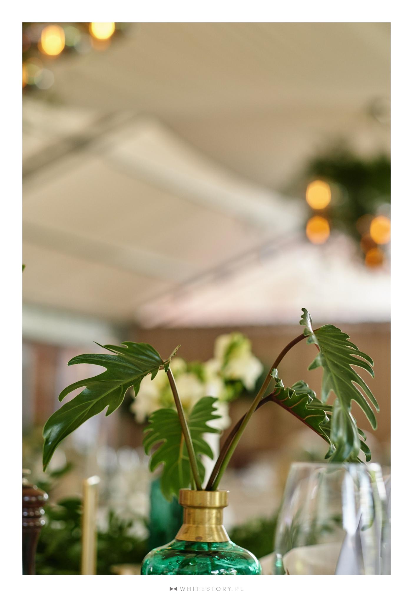 wesele, szmaragd, złoto, konsultant ślubny, wesele w klubie bankowca, greenery, gold, emerald, konsultant ślubny, konsultant ślubny warszawa, wedding planner, organizacja wesel, organizacja ślubów, organizacja ślubu, warszawa,
