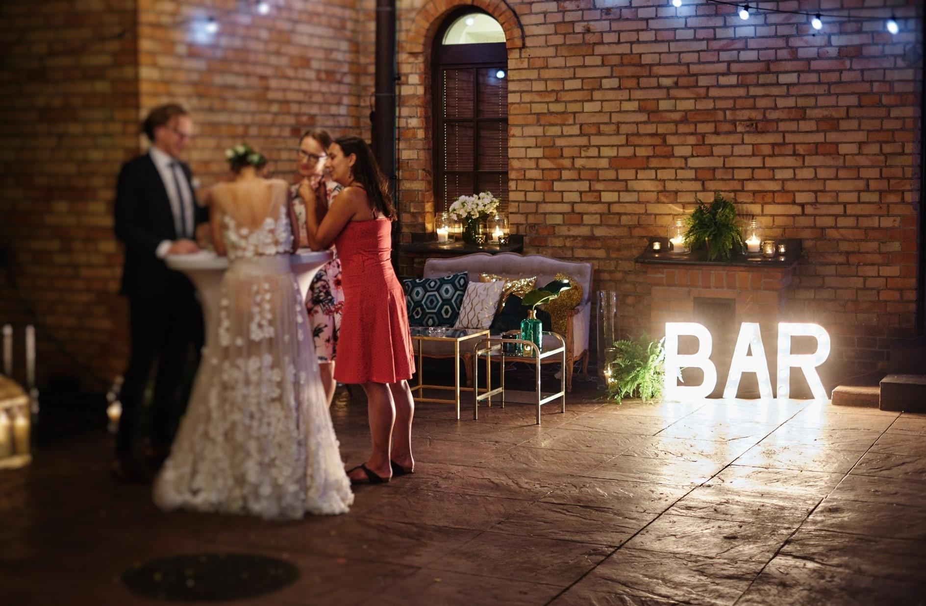 wesele, szmaragd, złoto, konsultant ślubny, wesele w klubie bankowca, greenery, gold, emerald, konsultant ślubny, konsultant ślubny warszawa, wedding planner, organizacja wesel, organizacja ślubów, organizacja ślubu, warszawa, strefa chillout